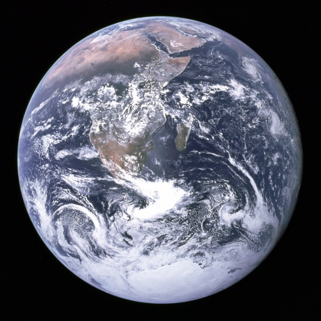 Die Erde aufgenommen von Apollo 17.